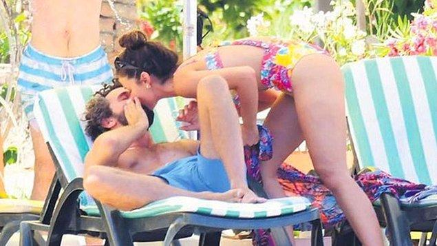 Yakalanmaları uzun sürmedi! Çekimler biter bitmez soluğu Marmaris'te alan ünlü çift, baş başa tatil yaparken görüntülendi.