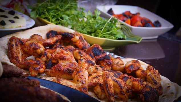 10. Tavuk eti ve ekşi gıdalar
