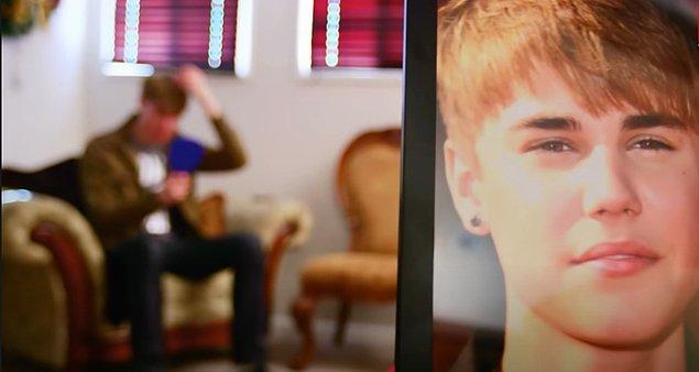 """Justin Bieber ünlendiği zaman yakışıklılığından dolayı onu çok kıskanmış ve o """"bebeksi yüzüne"""" sahip olmak istemiş."""