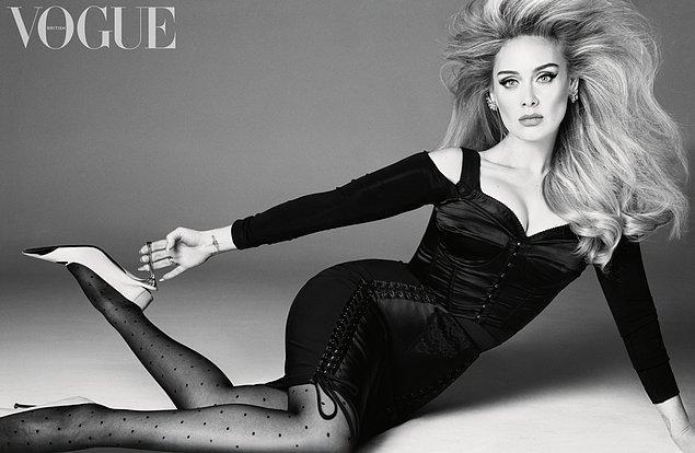 Yepyeni haliyle ilk kez gerçek anlamda kameralar karşısına geçen Adele'in güzelliği göz kamaştırdı.