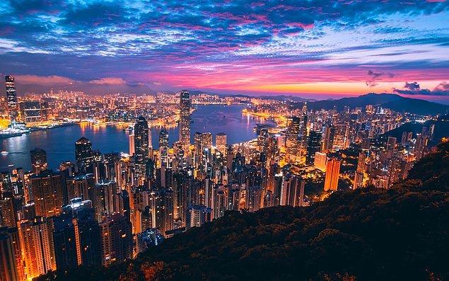 4. Hong Kong, Çin