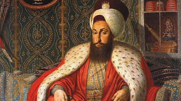 Öyle ki Sultan, devlet işlerinde karar vermeden önce gökyüzündeki yıldızlara bakıyordu. Hatta gelecekte iyi bir padişah olması için 3. Selim'in doğacağı günü Müneccimbaşıyla birlikte gökyüzündeki yıldızlara göre hesaplayarak planladığı söyleniyor.