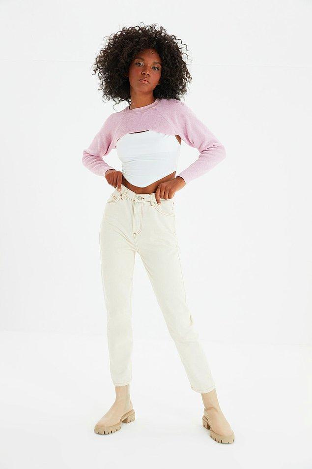 6. Yüksek bel mom jeans modasına siz de uyun!