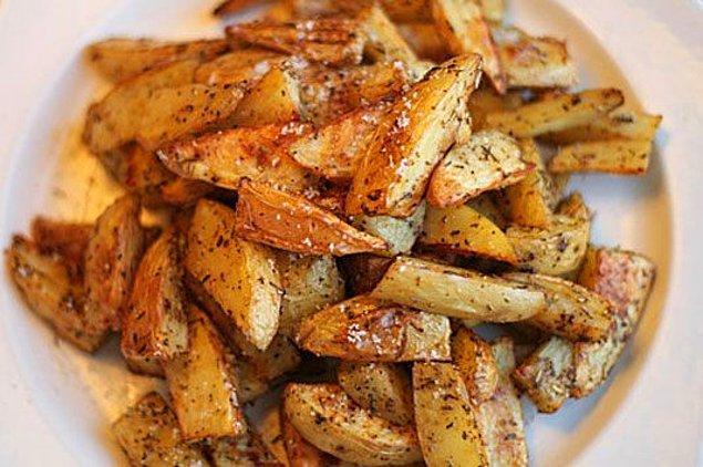 1. Fırında Baharatlı Patates Tarifi