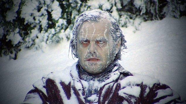 5. 1980 yapımı 'The Shining' filminin kar sahnesindeki karların çoğu 'Yıldız Savaşları: İmparator' filminin setinden alınmıştır.