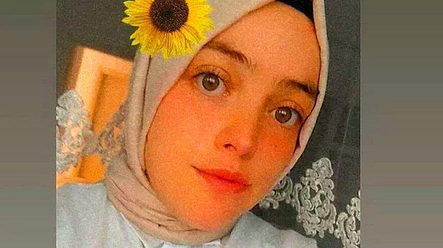 11. Samsun'un Bafra ilçesinde yaşayan 26 yaşındaki Lale Duran, yakalandığı koronavirüsüne yenik düşerek hayatını kaybetti. Ailesinde tek aşısız birey olduğu öğrenilen Duran'ın evine gelen aşı ekibini 3 kez reddettiği ortaya çıktı.