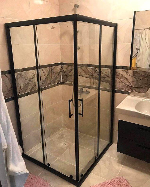 10. Geniş duşakabin varsa, büyük banyo da vardır!