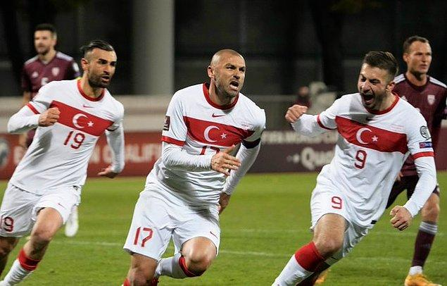 90+9. dakikada Burak Yılmaz'ın penaltı golüyle maçı 2-1 kazandı.