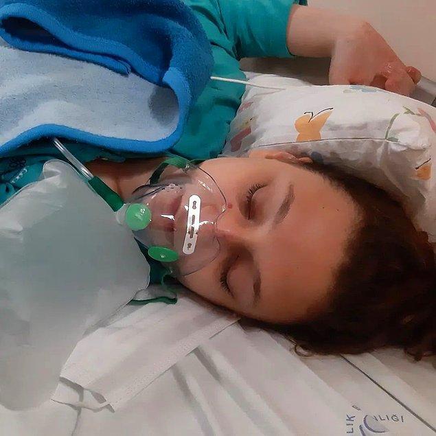 Bu riskli ameliyatın hemen ardından da beyin kanaması geçiren Yaren, tekrardan ameliyata alındı.