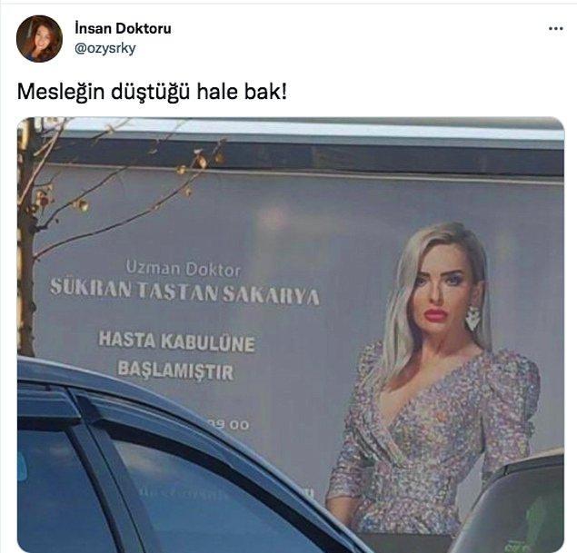 Geçtiğimiz günlerde bir Twitter kullanıcısının paylaştığı şu billboard fotoğrafı, sosyal medyada epey bir konuşuldu.