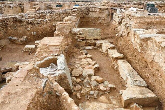 Kazılardan bugüne kadar bulunan sikke sayısı toplamda 20 bine bu sikkelerin iyi durumda ve okunabilir olanlarının sayısı ise 12 bine ulaştı.