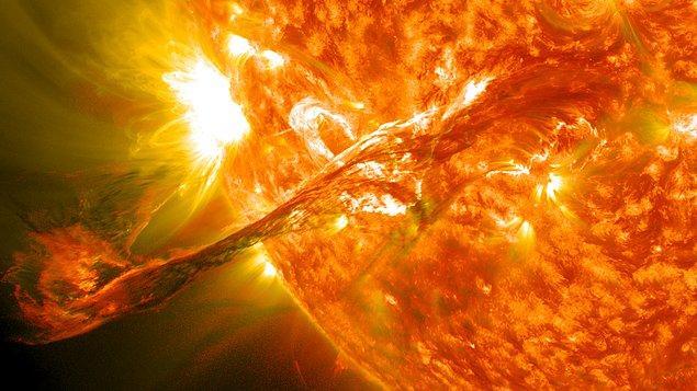 Güneş Nasıl ve Ne Zaman Oluştu?