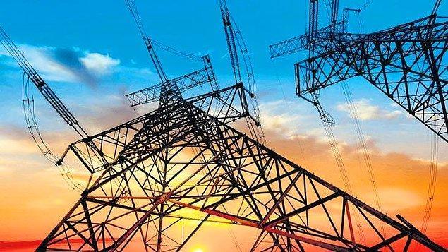 """""""İtalya'da elektrik fiyatları, yılbaşına göre yüzde 274 artmış durumda"""""""