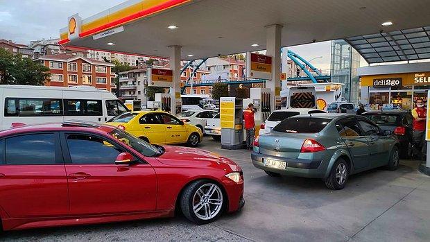 Benzin ve Motorine Gelen Yeni Zam Sonrası İstasyonlarda Kuyruklar Oluştu