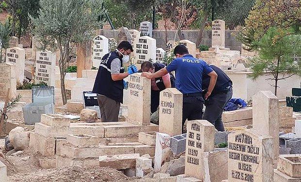 Mezarlıkta Çantayla Gömülmüş Yeni Doğmuş Bebek Cesedi Bulundu