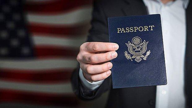 ABD'de Cinsiyet Hanesinde X Yazan İlk Pasaport Düzenlendi